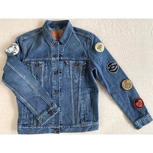 Levi's Men's Denim Jacket with Patches on Sleeves